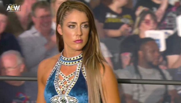 Fight For The Fallen : Britt Baker victime d'une commotion cérébrale