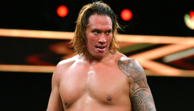 L'absence de Kona Reeves due à une blessure