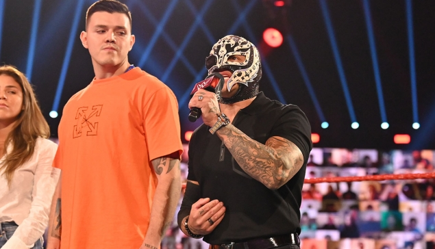 Une nouvelle photo de Rey Mysterio sans son masque