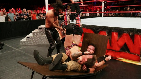 Resume WWE RAW 7 novembre